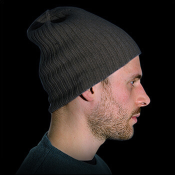 Man hats. Material: 95% cashmere (WS) and 5% other fibres (AF) or 100% cashmere (WS). Colour: anthracite. One size.