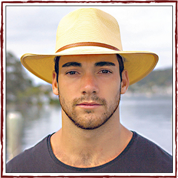 Man hats. Material: 100% natural fiber