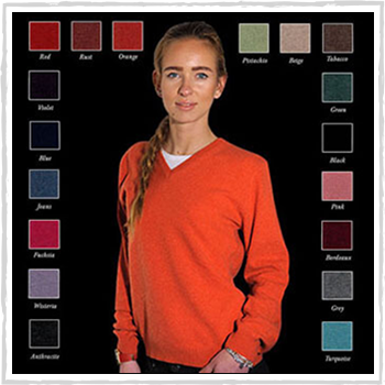 Woman sweaters code 211 V (Price: 30,50 or 37,00 €)
