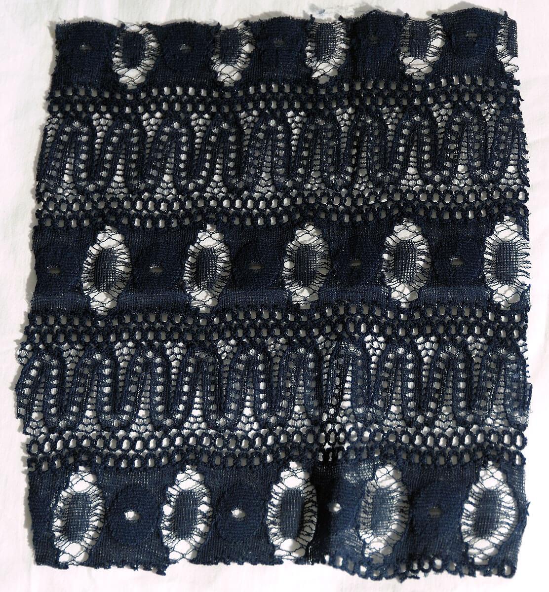 EC44 143 115 - Elastic lace valenciennes