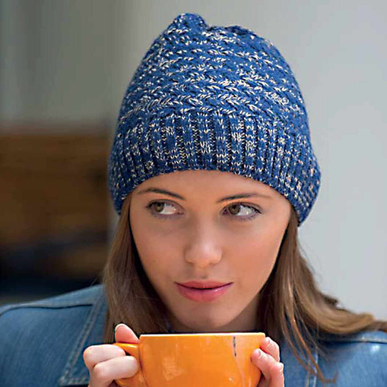 RL299 2 woman hat. Salt and Pepper Knitted Beanie