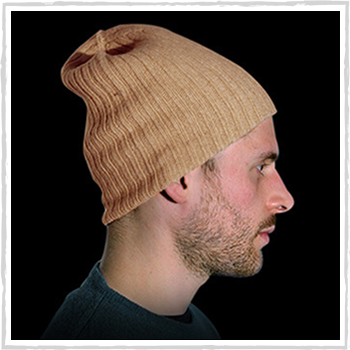 Man hat color beige code 119 and 298. Price: 12,40 and 11,60 euro or 12,70 euro for 100% cashmere