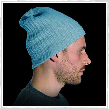 Man hat color turquoise code 119 and 298. Price: 12,40 and 11,60 euro or 12,70 euro for 100% cashmere
