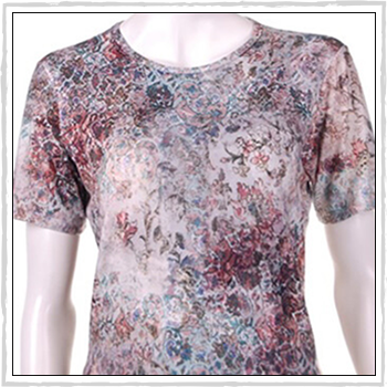 5489c woman t-shirt. Composition: 94% viscose (VI) and 6% elastam (EA).